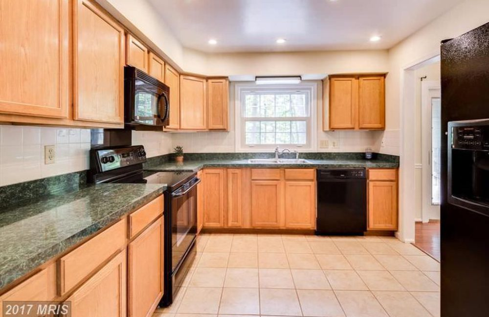 10208 Scaggsville Rd, Laurel, MD 20723