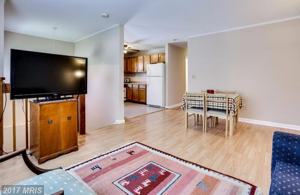 6006 Charles St, Baltimore, MD 21207