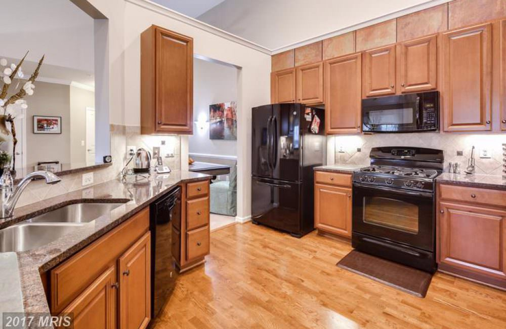8490 Ice Crystal Dr UNIT P, Laurel, MD 20723