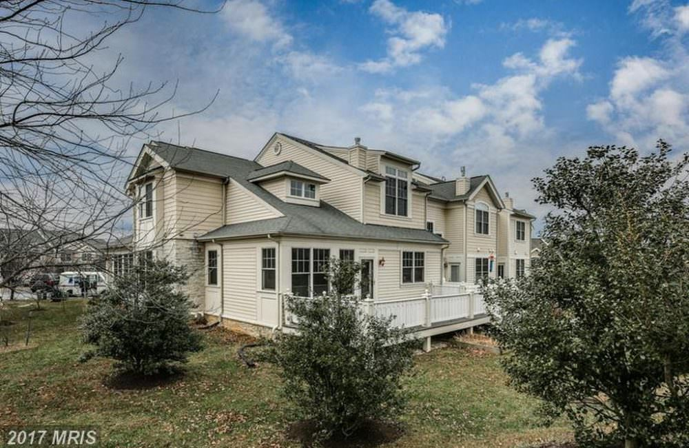8723 Timber Oak Ln, Laurel, MD 20723